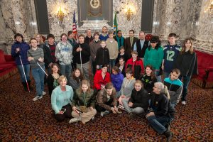 Sen. Cleveland meets with students from the Washington State School for the Blind