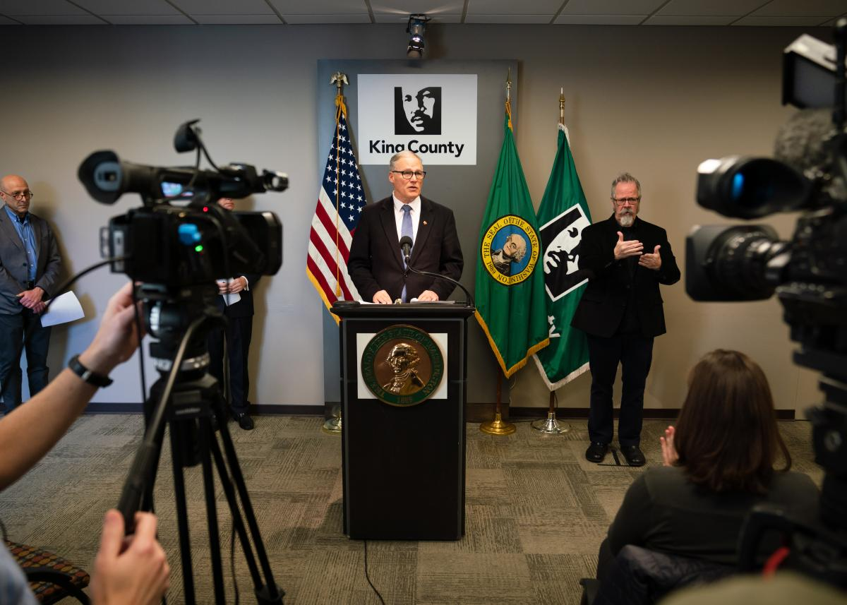 2020-03-16 Governor Inslee gives a press conference on coronavirus